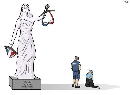 lady_justice_in_france_2763065