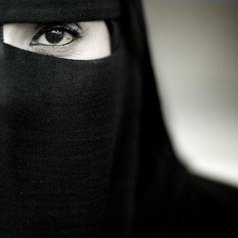 Asma bint Umays, la dame de ces califes